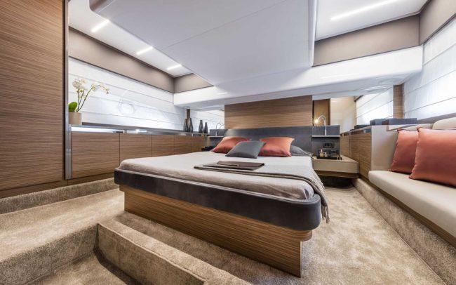Ferretti Yachts 450 lower deck