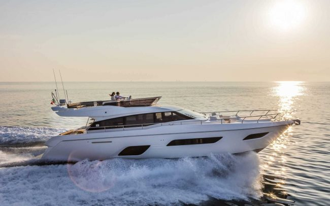Ferretti Yachts 550 cruising