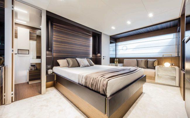 Ferretti Yachts 670 lower deck
