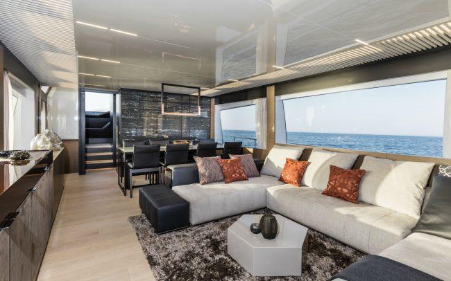 Ferretti Yachts 780 main deck