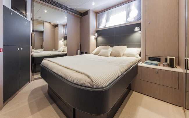 Riva 63' Virtus lower deck