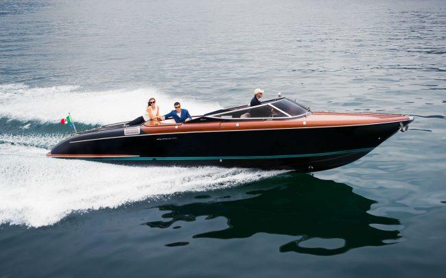 Riva Aquariva super cruising