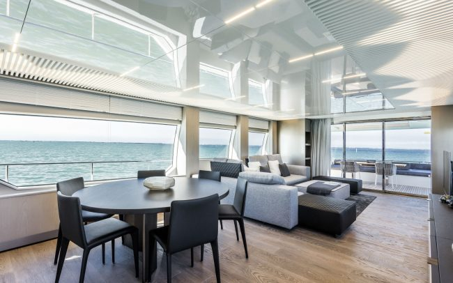Ferretti Yachts 850 Main Deck