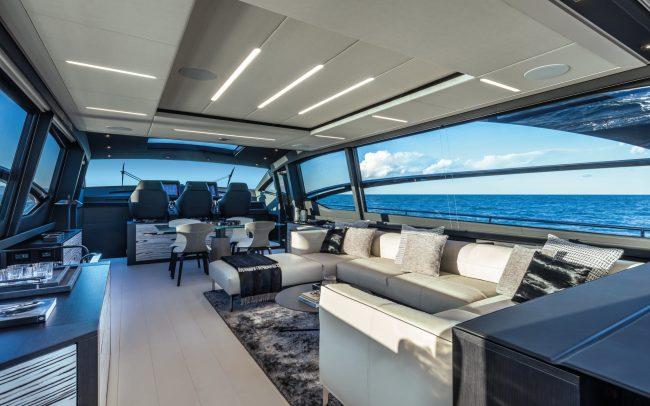 Pershing 8x main deck