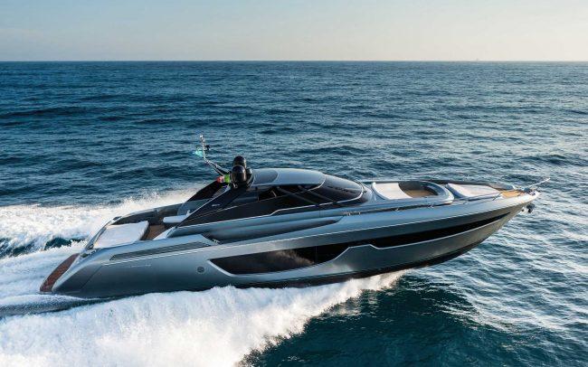 Riva 76' Bahamas cruising
