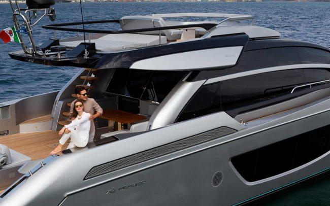 Riva 76' Perseo cruising